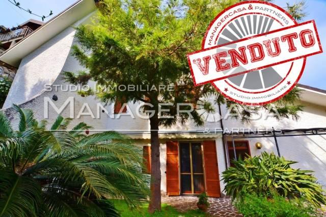 Villa in vendita a Rapallo, 6 locali, prezzo € 589.000 | Cambio Casa.it