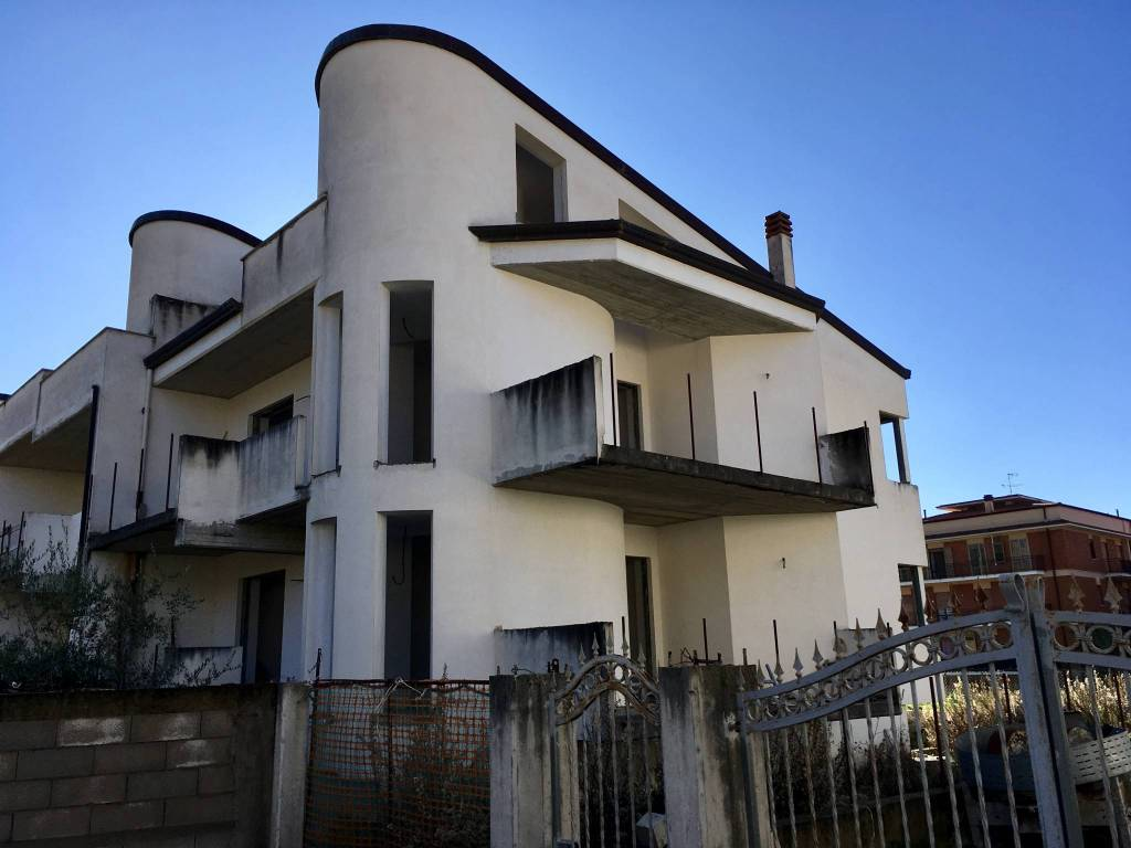 foto  Villetta a schiera via Ponza 13, Fondi