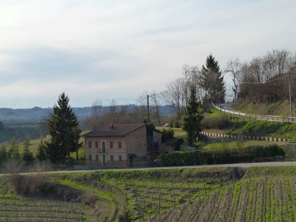 foto panoramica casa Rustico / Casale, da ristrutturare, 164 mq, San Martino Alfieri