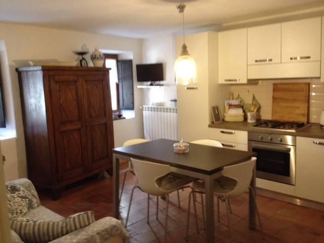 foto SOGGIORNO, LATO CUCINA Casa indipendente discesa Santa Croce, Castell'Arquato