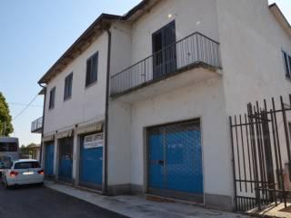 Foto - Palazzo / Stabile due piani, da ristrutturare, Gonzaga