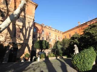 Foto - Trilocale via del Portico d'Ottavia 46, Ghetto - Portico d'Ottavia, Roma