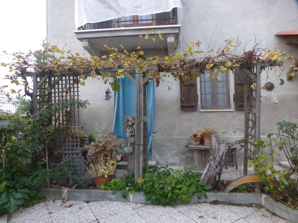 foto  Country house, good condition, 240 sq.m., Gabiano