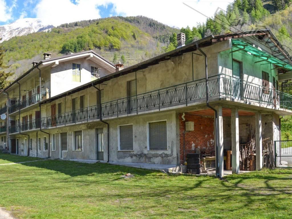 foto esterna Detached house Borgata Mulino, Massello