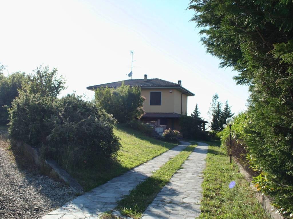 foto  Villa via Costa Vescovato, Avolasca