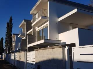 Case e appartamenti via di casal palocco Roma - Immobiliare.it
