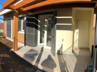 Foto - Villetta a schiera via Casal Bianco, Guidonia, Guidonia Montecelio