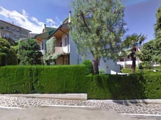 Foto - Villetta a schiera via Fabriano 14, Folignano