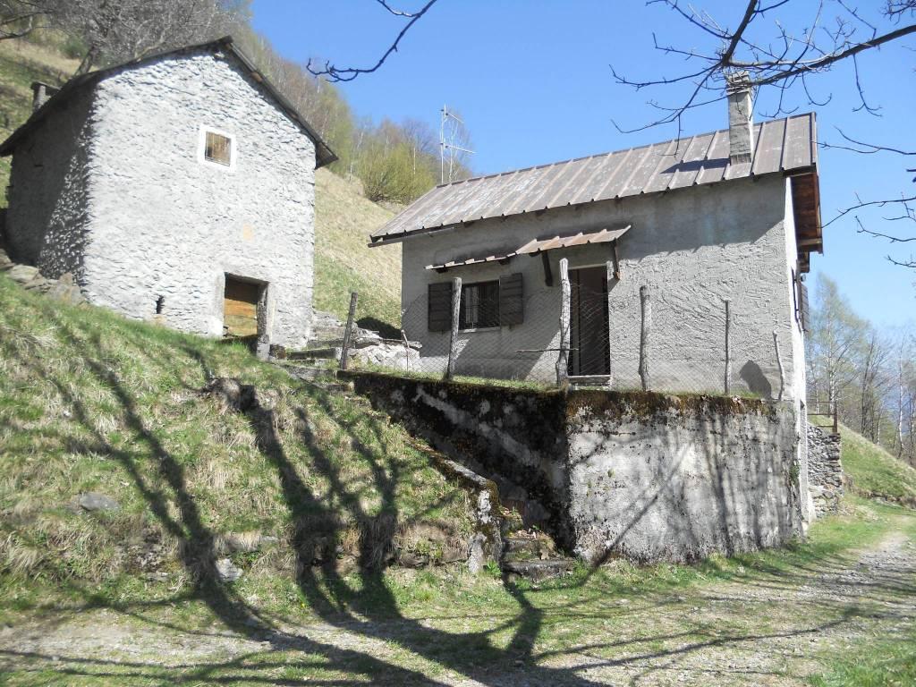 foto  Rustico / Casale via Sant'Iorio, Garzeno