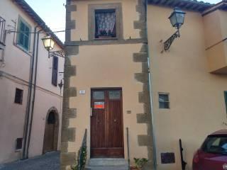Foto - Trilocale via Giuseppe Mazzini 1, Cellere