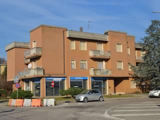Foto - Quadrilocale Strada Torre, Goito
