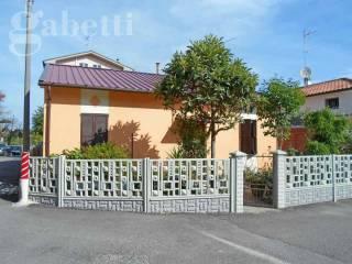 Foto - Casa indipendente via SAVONAROLA, Senigallia