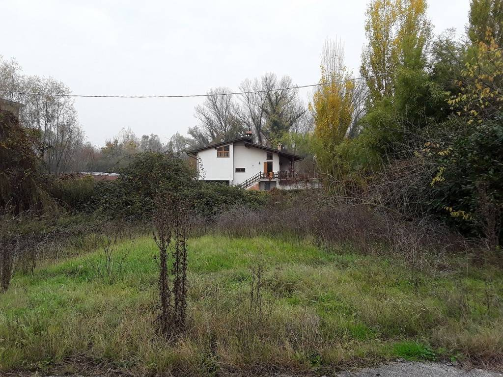 foto  Terreno edificabile residenziale a Cerea