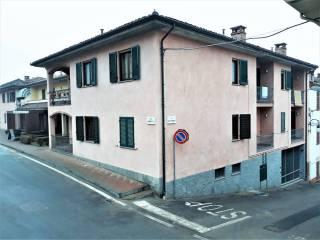 Foto - Quadrilocale ottimo stato, piano terra, Montemagno