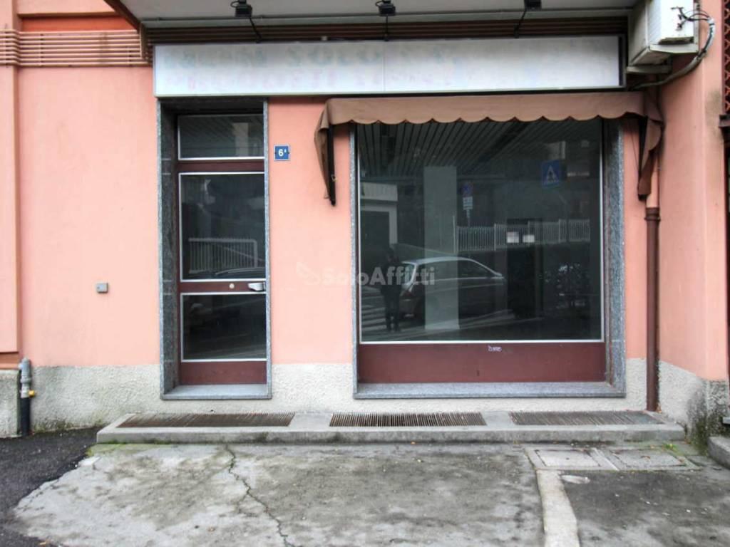 Negozio - Locale commerciale in Affitto a Lecco, rif ...