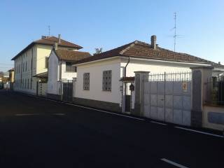Foto - Villa via Alessandro Manzoni 7, Frascarolo