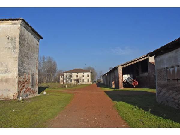 foto  Rustico / Casale via San Cataldo 69, Borgo Virgilio