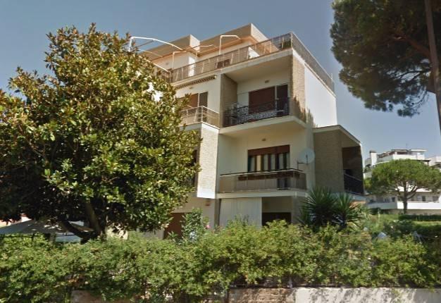 foto palazzina Trilocale via Aurelia 163, Santa Marinella