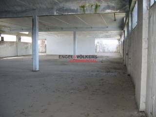 Foto - Terreno edificabile industriale a Novara