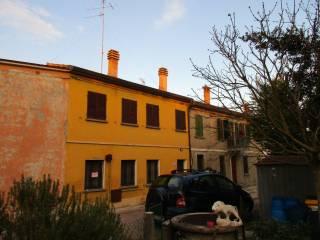 Foto - Palazzo / Stabile due piani, buono stato, San Lorenzo, Lugo