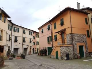 Foto - Casa indipendente via Riva d'Armi, Brugnato