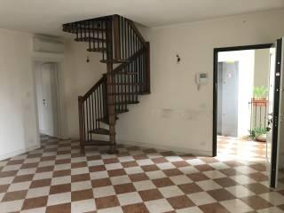 Foto - Trilocale ottimo stato, secondo piano, Novi di Modena