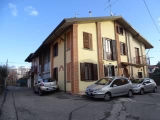 Foto - Bilocale vicolo Perelli 25-B, Mezzago