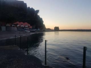 Foto - Quadrilocale via Marina di Aequa, Vico Equense