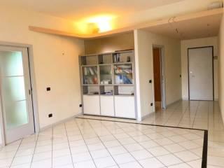 Foto - Quadrilocale ottimo stato, primo piano, Ospedaletto Lodigiano