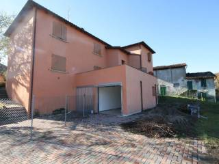 Foto - Casa indipendente via Malcantone, 586, Goccia-cavara, Valsamoggia
