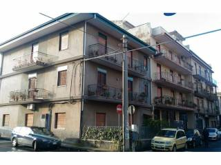 Foto - Appartamento da ristrutturare, ultimo piano, Misterbianco