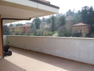 Foto - Attico / Mansarda ottimo stato, 180 mq, Colli San Mamolo, Bologna