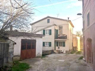 Foto - Casa indipendente Strada Faleriense a Valle 39, Madonna Degli Angeli, Falerone