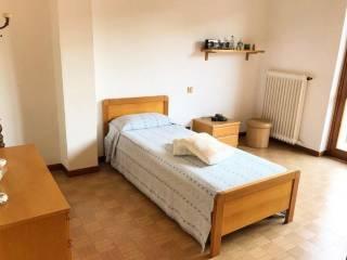 Foto - Trilocale buono stato, primo piano, Ospedaletto Lodigiano