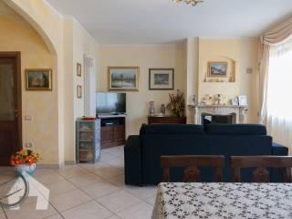 Foto - Appartamento via Galileo Galilei, Montelabbate