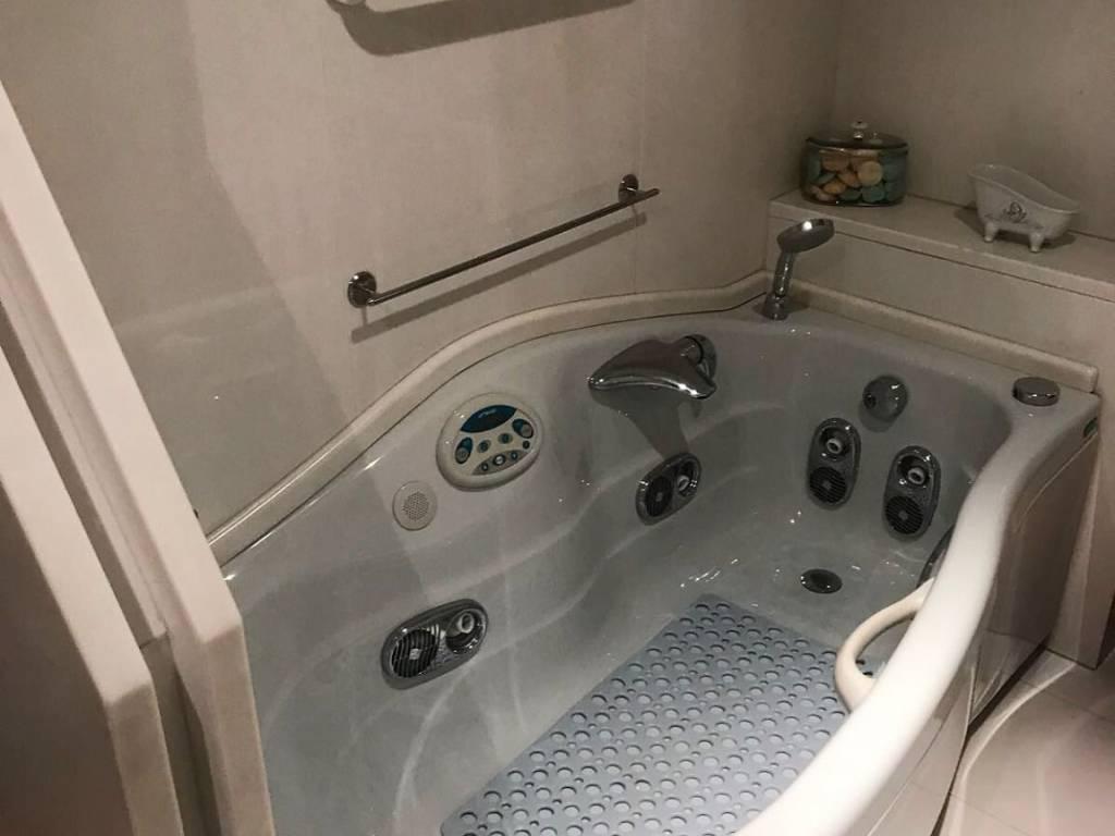 Foto 17 di Appartamento Asti