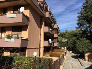 Foto - Bilocale via MARCANTONIO COLONNA, 60, Marino