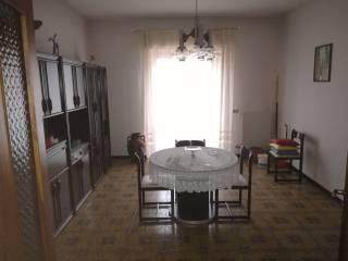 Foto - Appartamento buono stato, terzo piano, Tocco da Casauria