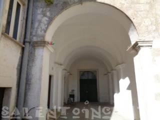 Foto - Palazzo / Stabile due piani, da ristrutturare, Cursi