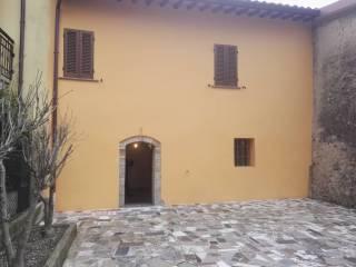Foto - Palazzo / Stabile Strada Provinciale di Beroide San Paolo-Beroide, Beroide, Spoleto