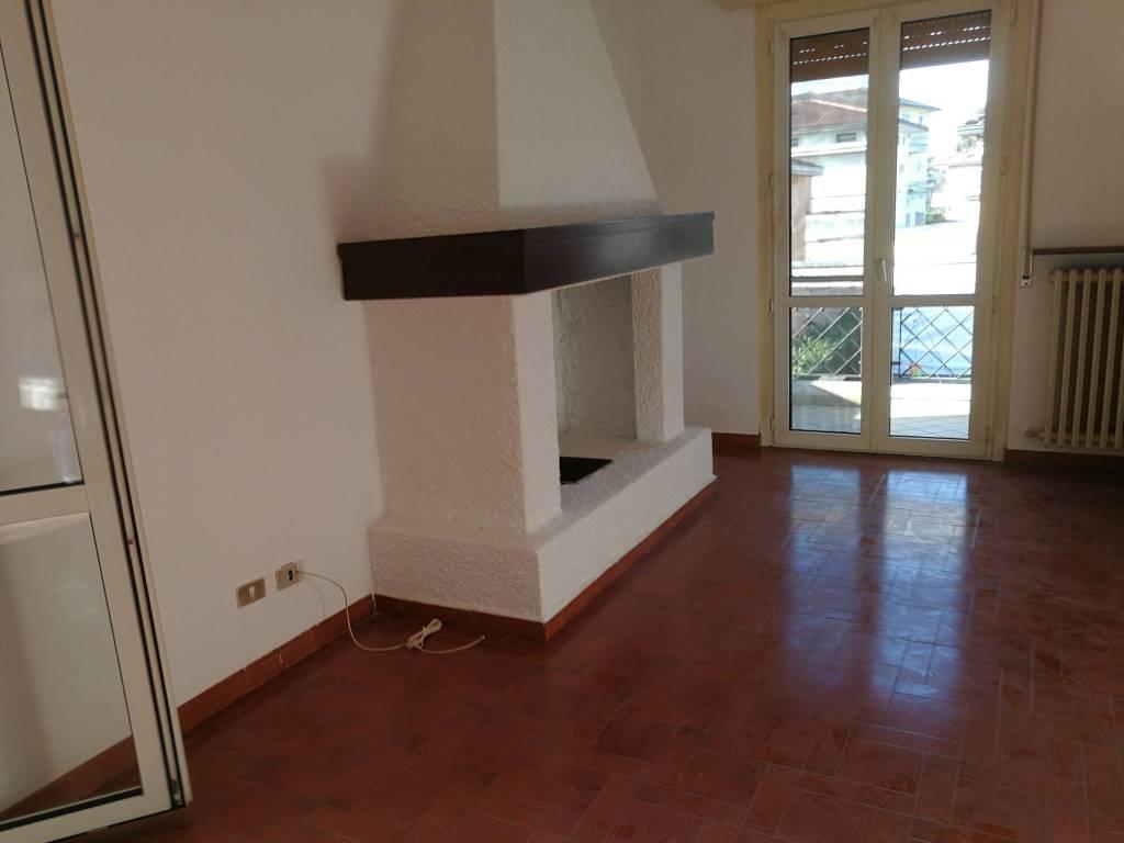 foto  Quadrilocale via Brignite, Fornovo San Giovanni