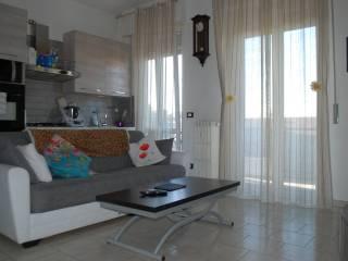 Foto - Bilocale via Sant'Adele 45, Corsico