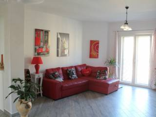 Foto - Appartamento via Varrone, Pomezia