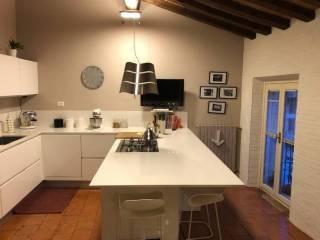 Case in Vendita: Mantova Quadrilocale ottimo stato, terzo piano, Centro città, Mantova