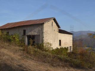 Photo - Farmhouse via Nazionale, Bagnasco