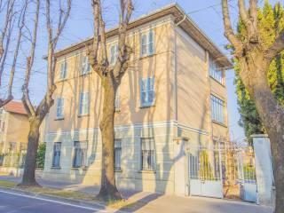 Foto - Villa viale Guglielmo Marconi 63, Tradate