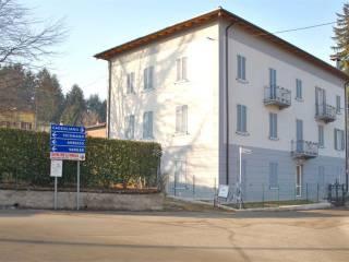 Foto - Trilocale via monico, 14, Cadegliano-Viconago