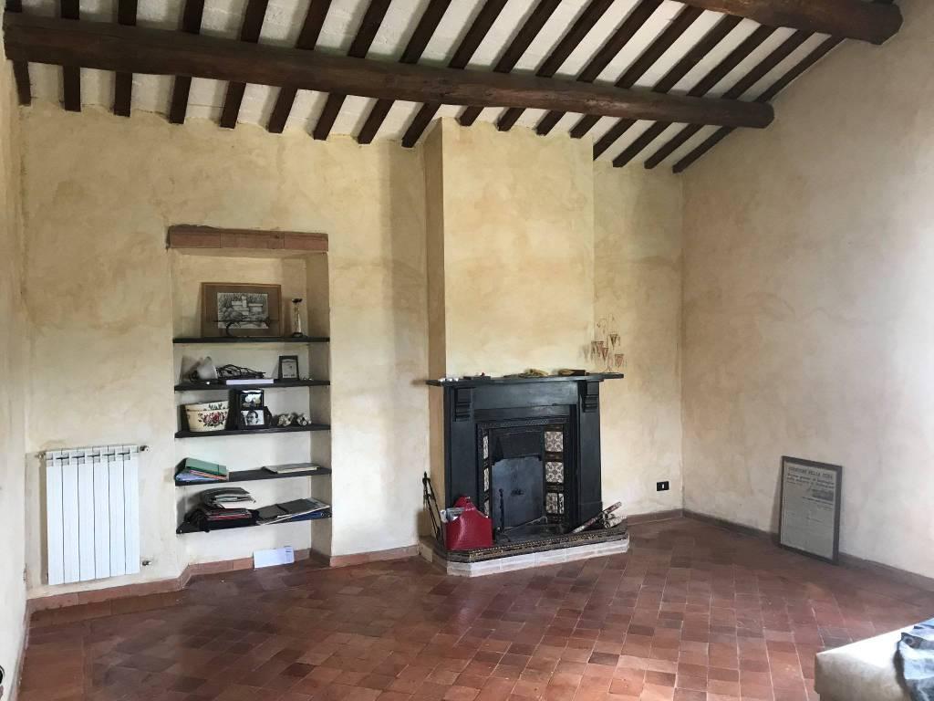 foto Salone 2-room flat via Luigi Cadorna, Calcata