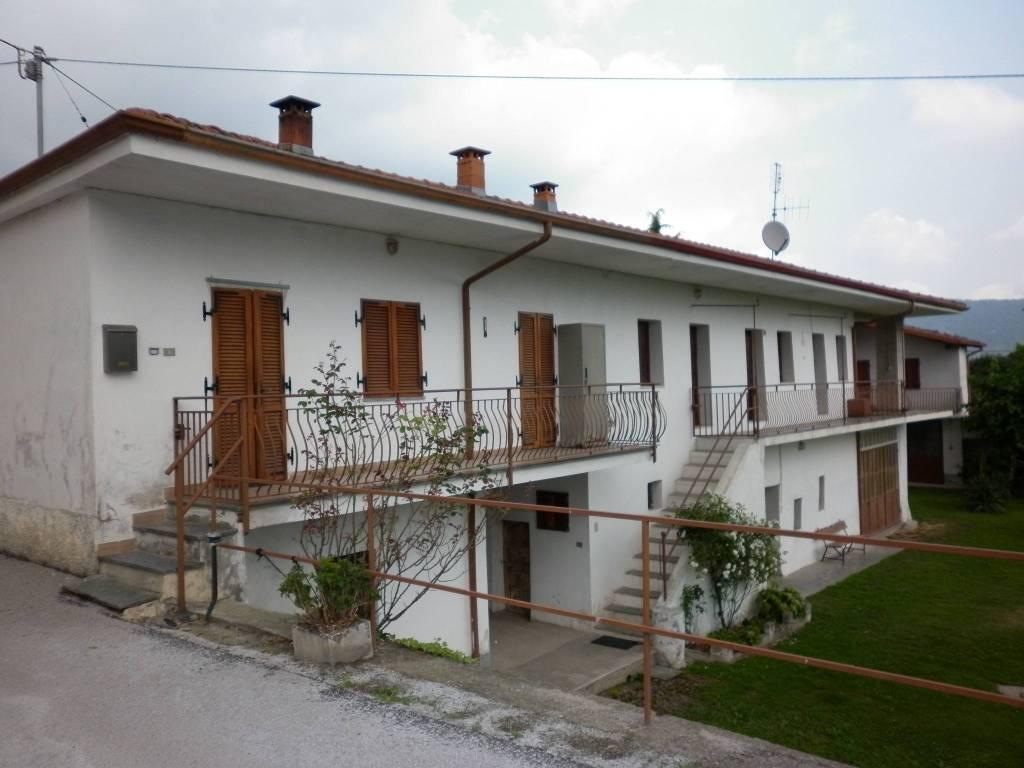 foto Fronte Villa bifamiliare via Carpenetti 19, Gambasca