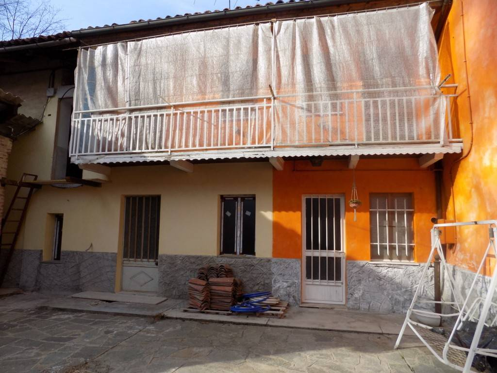 foto esterno Rustico / Casale via Carlo Alberto 13, Sommariva del Bosco
